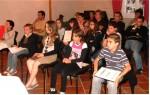 photo Jeunes conseillers municipaux en salle du conseil